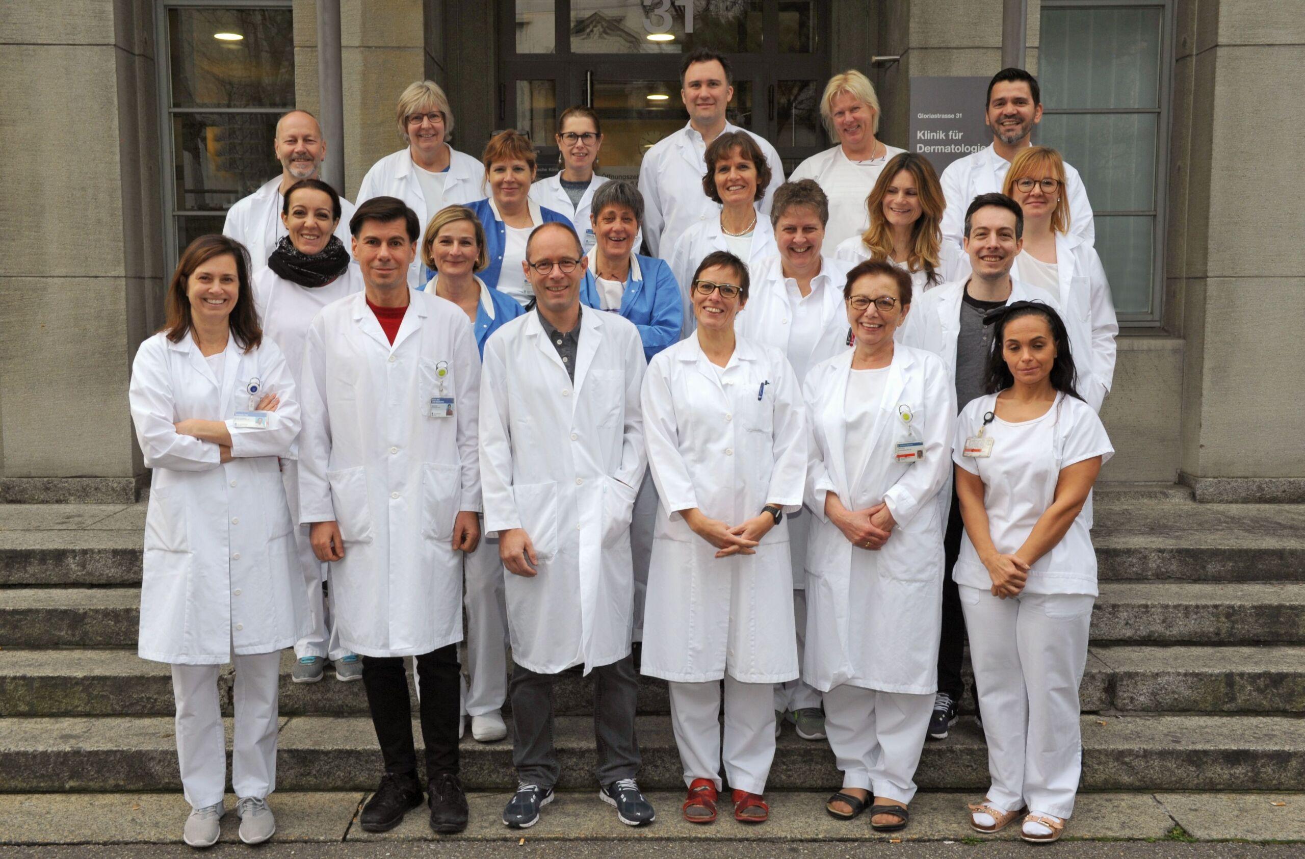 Team Gruppenbild der Dermatologie