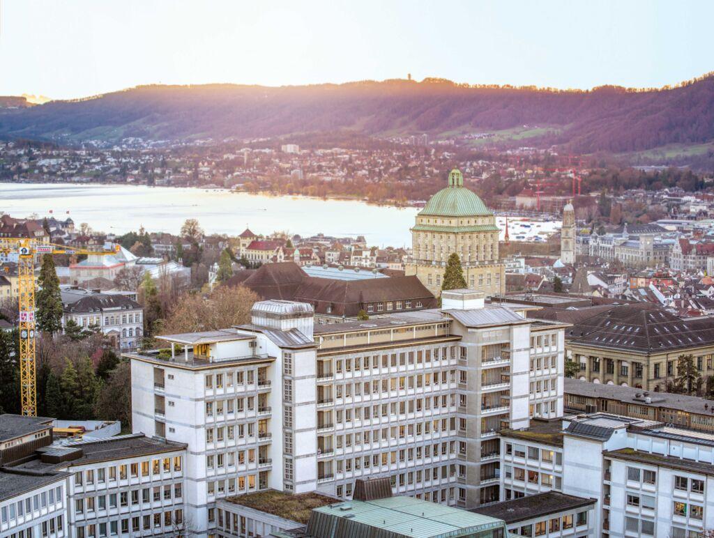 Das Universitätsspital Zürich von oben