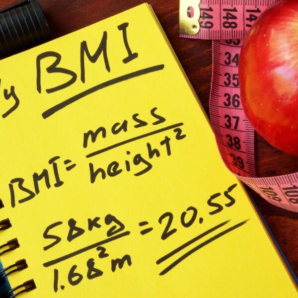Notizblock auf dem der eigene BMI berechnet wurde