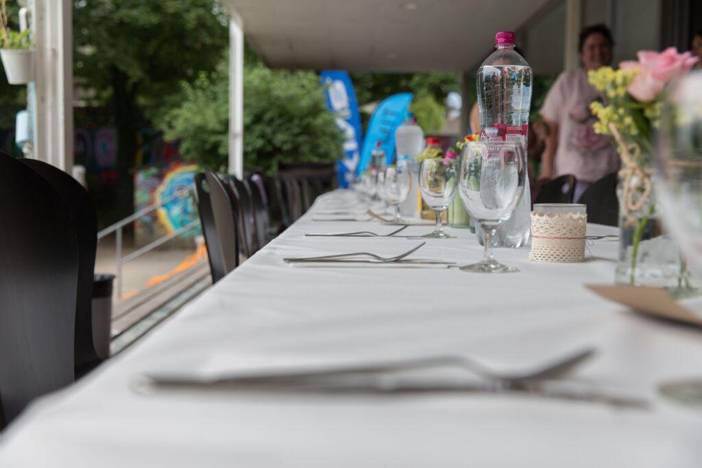 Ein gedeckter Tisch