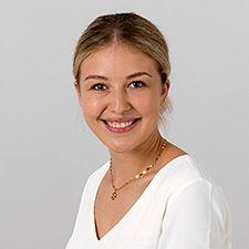 Portrait Nina Scharinger