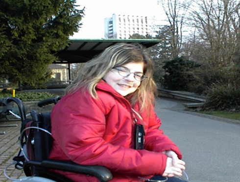 Patientin, die an einer Zystischen Fibrose leidet