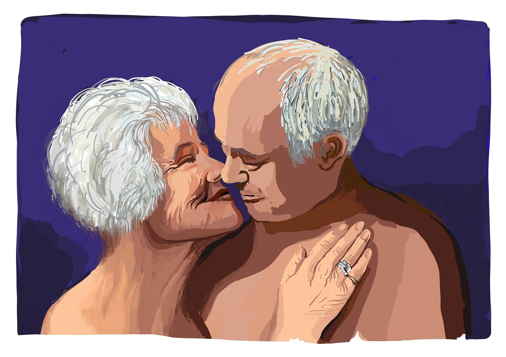 Ein älteres Paar hält sich in den Armen.