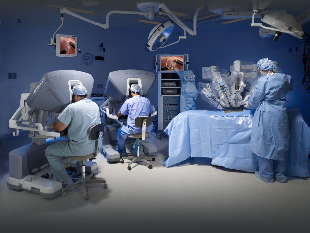 Operationssaal bei einer Enddarmkrebsoperation